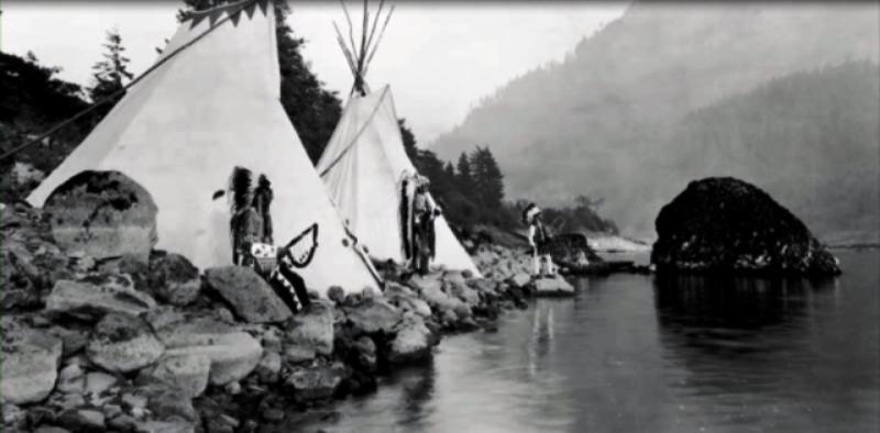 Kızılderili kabileleri nehir kıyılarında  yaşıyordu.png