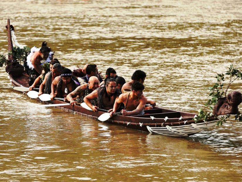 Maorinerin kutsal suyu Whanganui nehrine canlı statüsü verildi.jpg