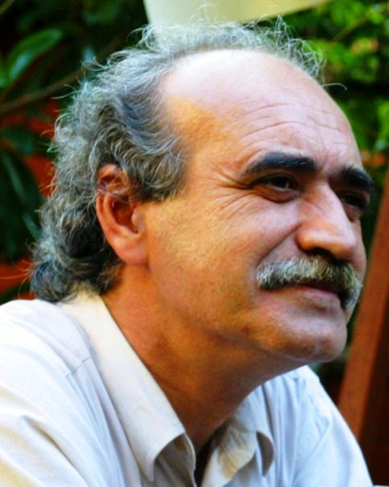 Usta sinemacı ve yönetmen İsmet Arasan.jpg