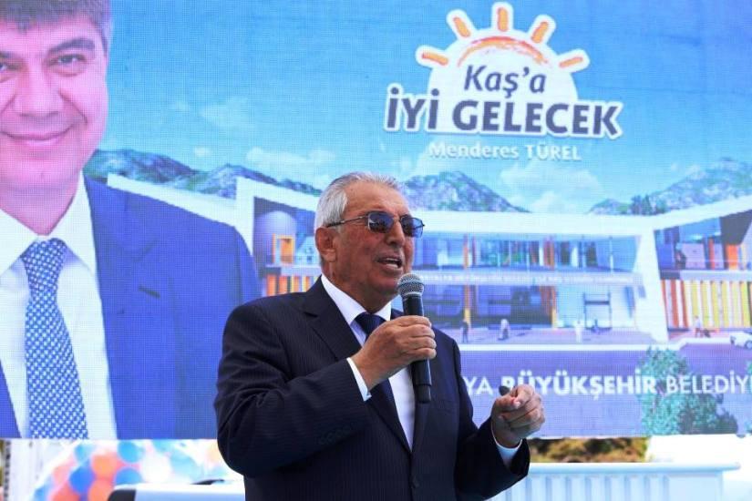 AKP'Lİ KAŞ BELEDİYE BAŞKANI HALİL KOCAER.jpg