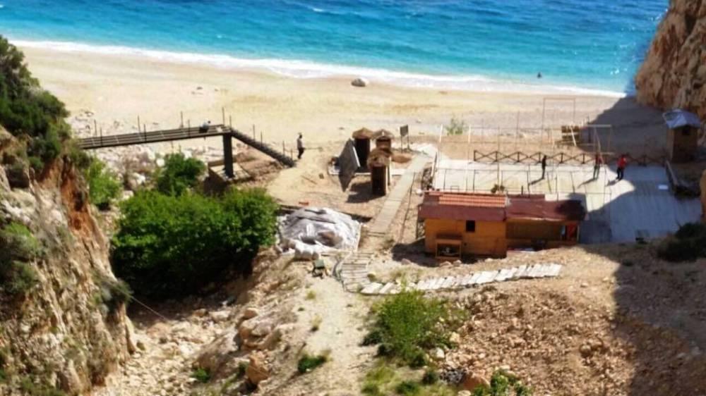 Kaputaş plajının dokusu tahrip edildi.jpg