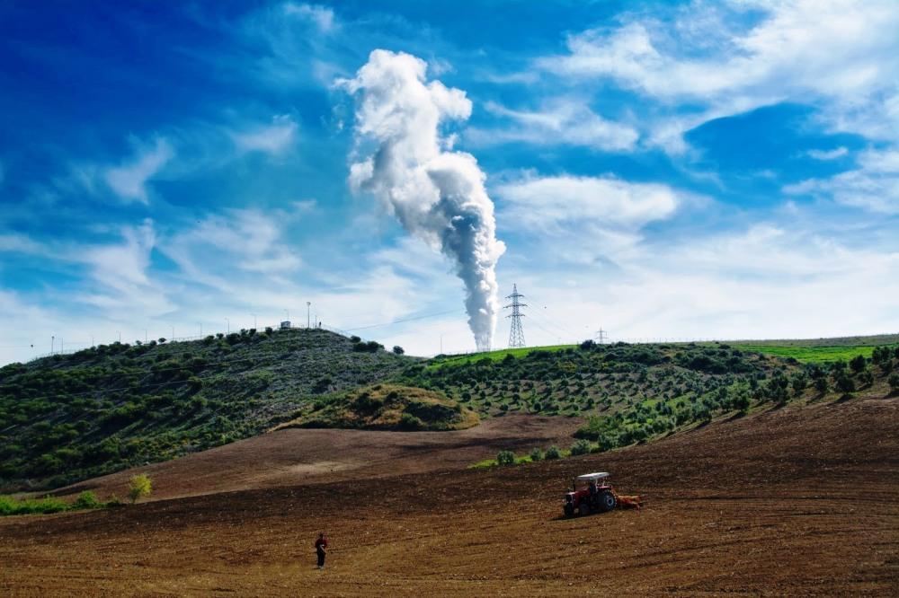 kömürlü termik santrallar tarım arazilerini tehdit ediyor.jpg