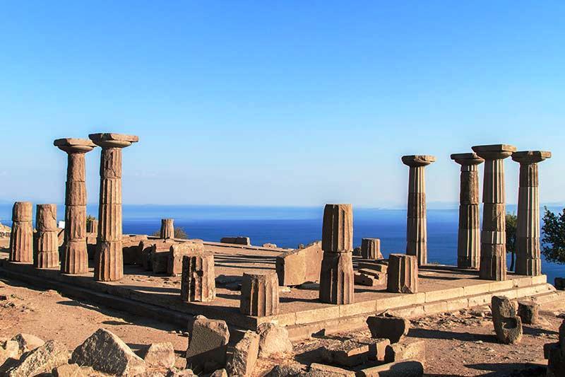 assostaki athena tapınağı.jpg