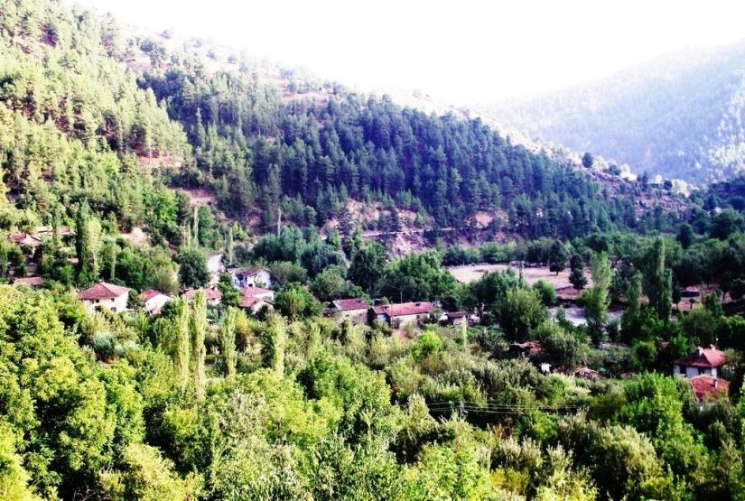 Darıbükü köyü barajdan önce (2).JPG