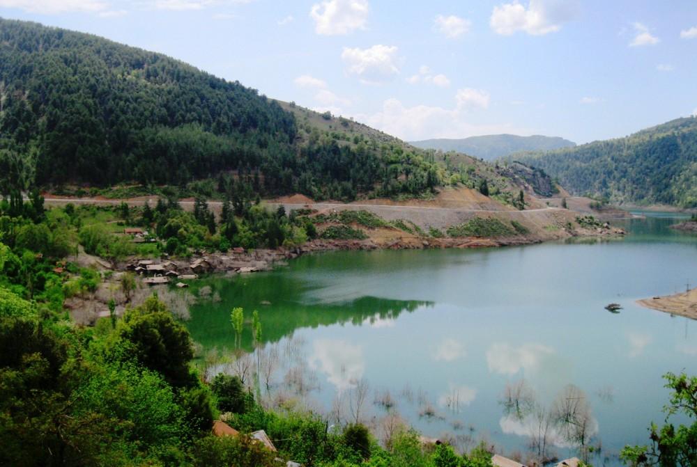 Darıbükü köyü barajdan sonra.JPG