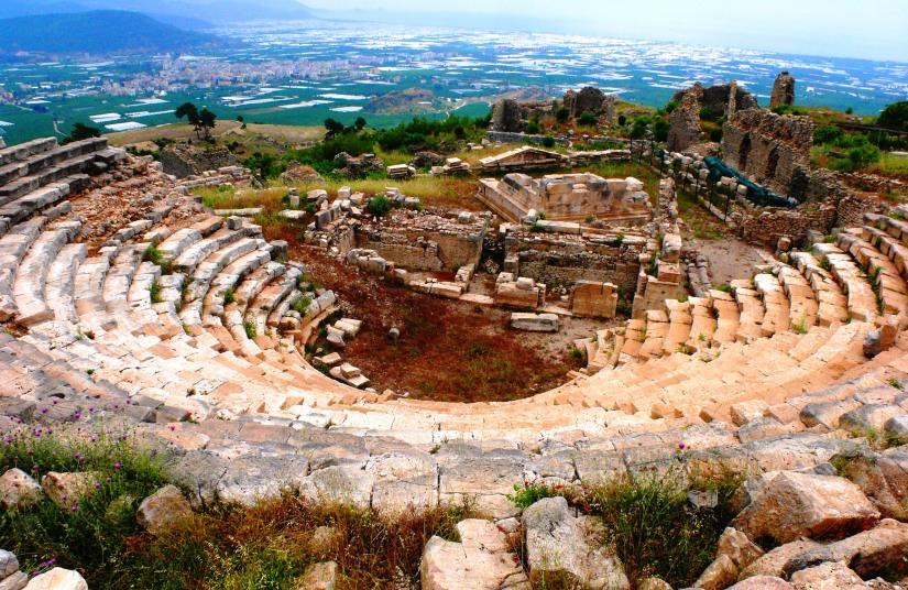 kumluca rrodiapolis restorasyondan önce.jpg