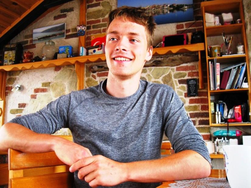 Fransız Nils Devynck İngiltere'de kimya eğitimi alıyormuş.JPG