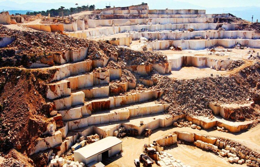 Akdeniz Bölgesi'nin dağları, ormanları ve kültür mirası mermer ocaklarının tehdidi altında.jpg