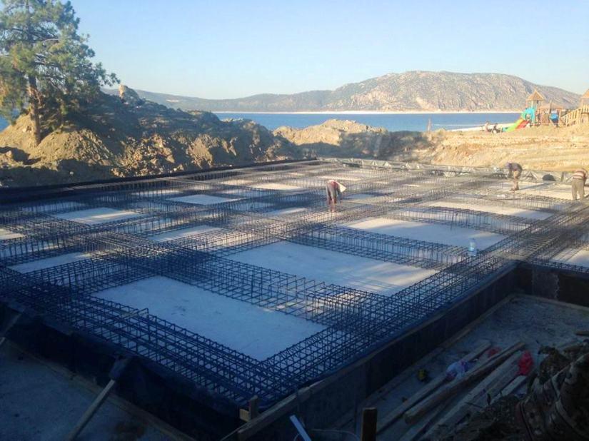Milli Parklar Salda kıyısında tesis yapımına başkladı.jpg