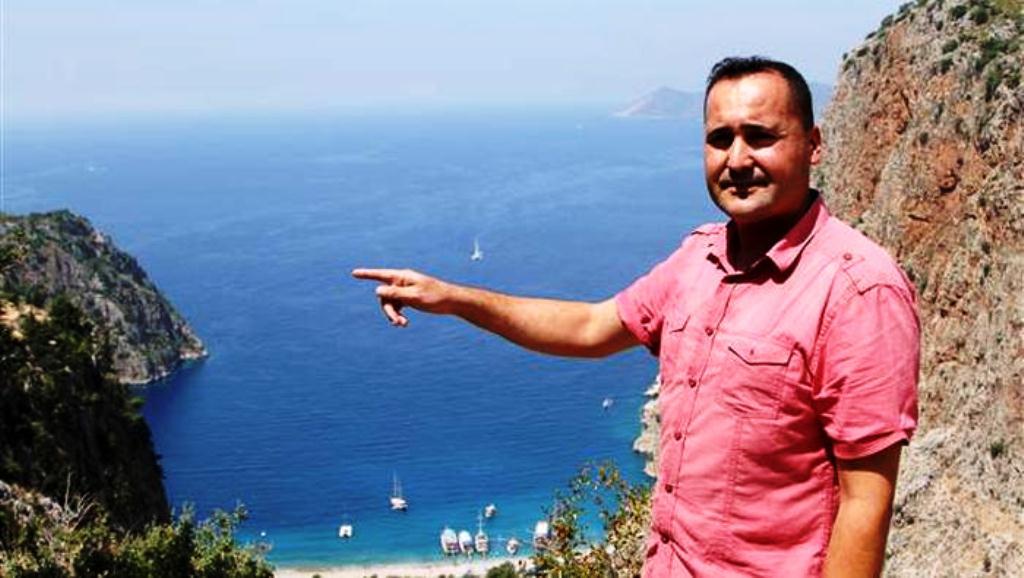 Faralya muhtarı Hasan Karaburun (DHA).jpg