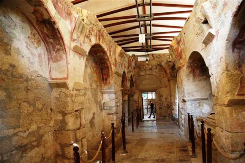 st. nikolaos kilisesi.jpg