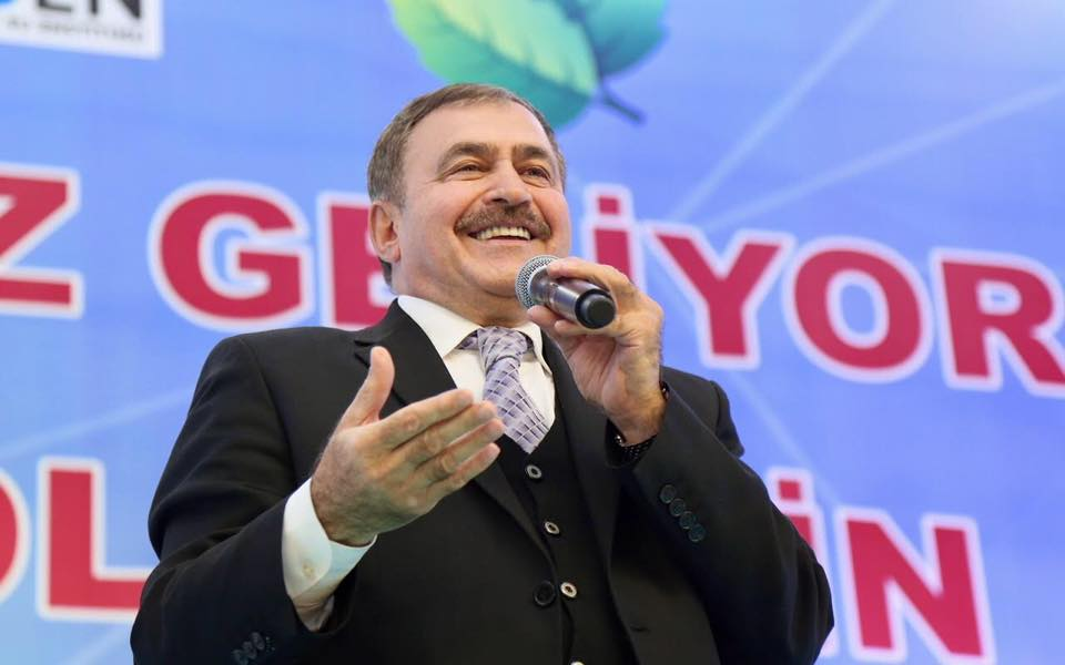 Bakan Eroğlu plajlı göletin temelini attı.jpg