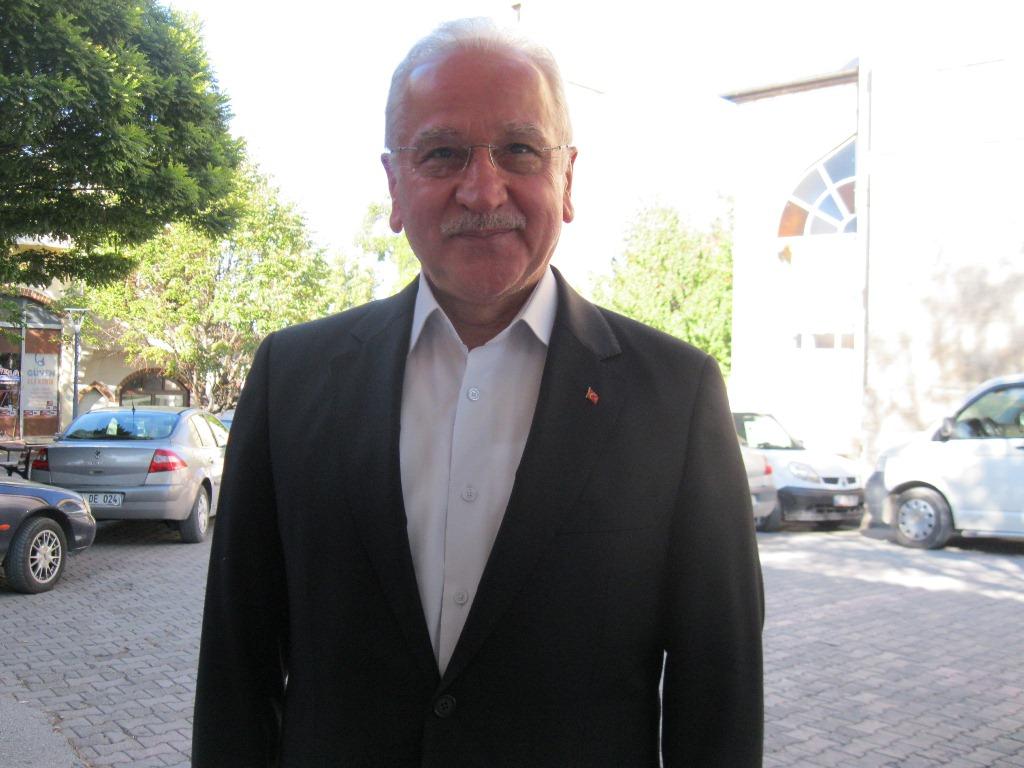 Sebahattin Akkaya Burdur'un eski belediye başkanı.JPG