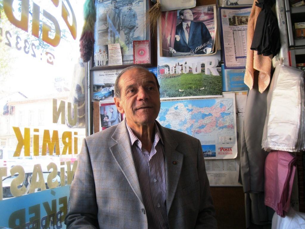 Un ticareti yapan Ali Güler BUrdur' değirmenlerini anlattı.JPG