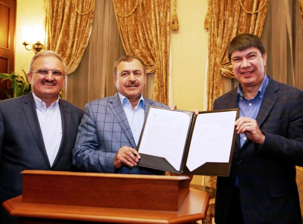 Bakan Eroğlu Antalya ziyaretinde projeyi imzalamıştı.jpeg