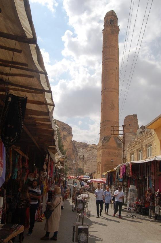 Hasankeyf'in tarihi çarşısı icra yoluyla boşaltılmak isteniyor