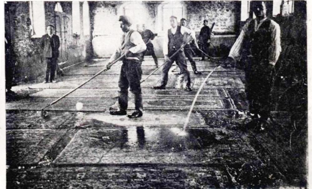Isparta'da halı yıkama atölyesi.jpg