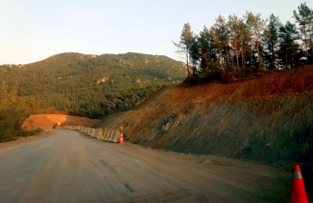 yol inşaatı2.jpg
