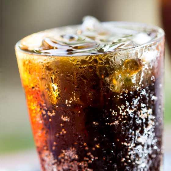 asitli içecekler sıvı şeker içeriyor.jpg