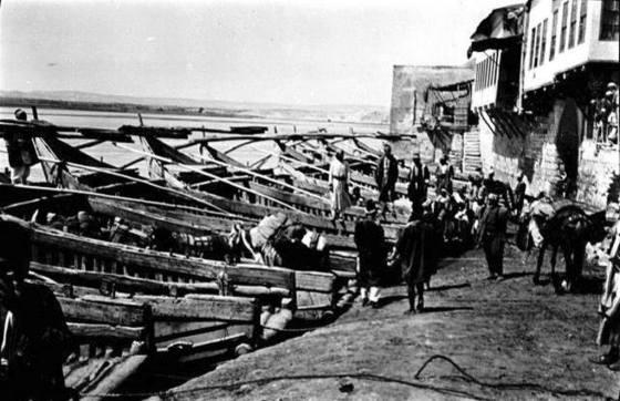 Birecik limanı 1900'lerin başı.jpg